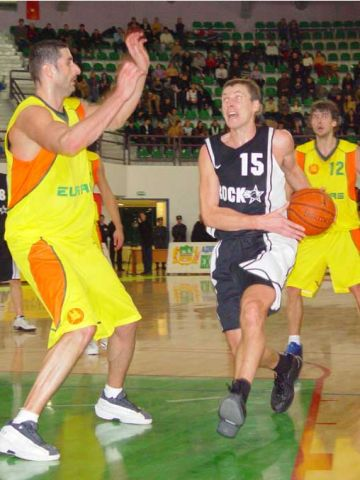 Rock's Augenijus Vaskys goes to the hoop against Euras